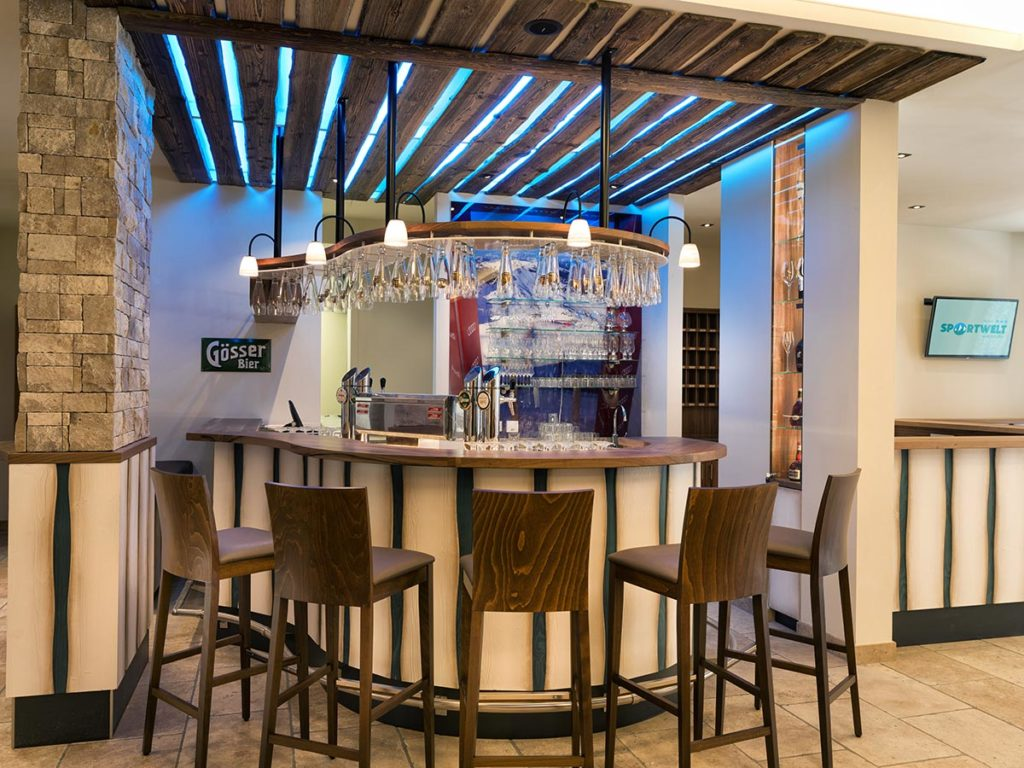 Hotelbar · Hotel Sportwelt, BildergalerieHotelbar · Hotel Sportwelt, Bildergalerie